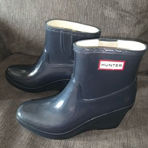 HUNTER SHORT HEELED BOOT EXCELLENT CONDITION